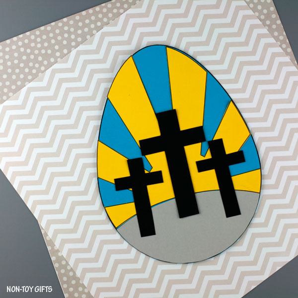 He Is Risen! three crosses craft