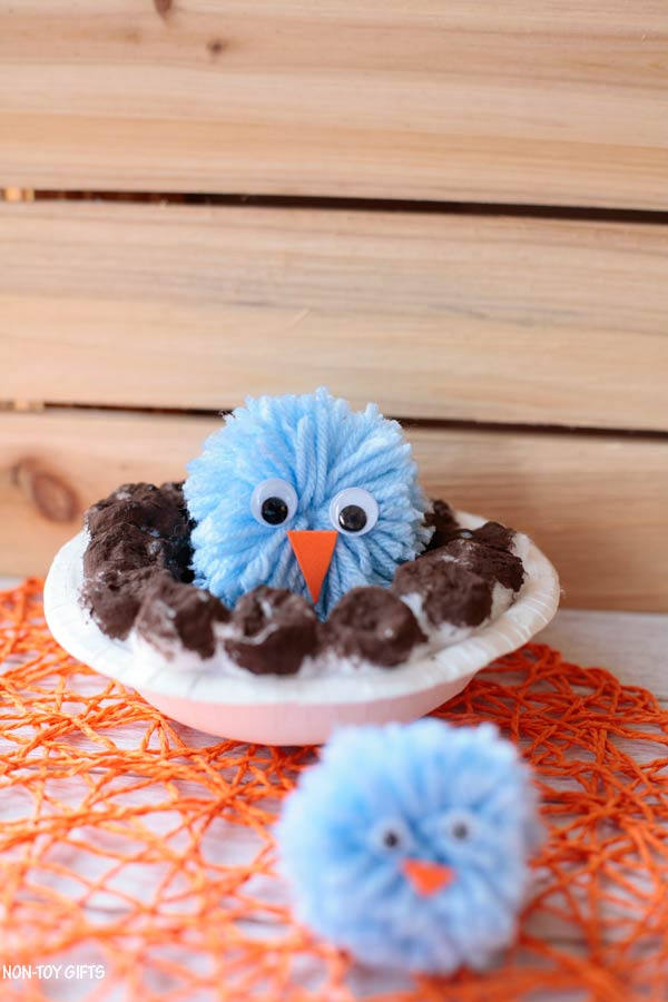 pom pom bird and nest craft