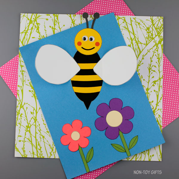 3D bee craft for kids