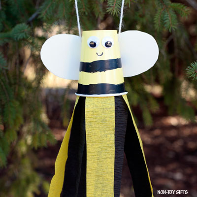 Paper cup bee windsocks craft