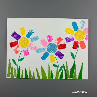 Paper roll flower art