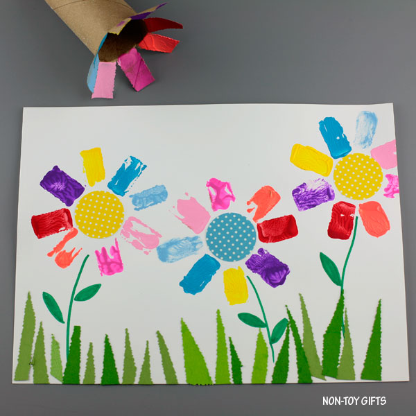 Paper roll printed flower