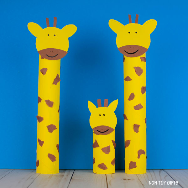 Easy paper roll giraffe raft for kids