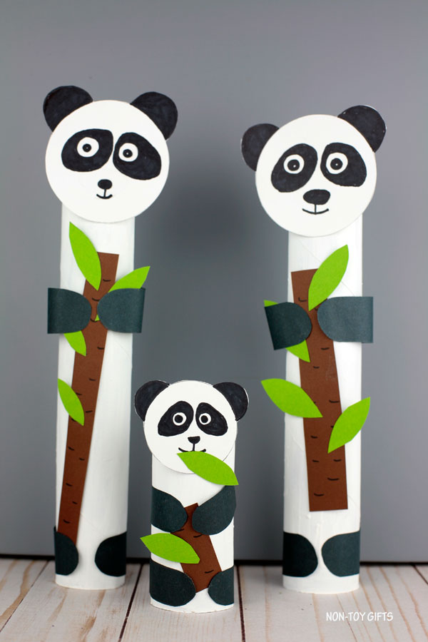 Paper roll panda craft