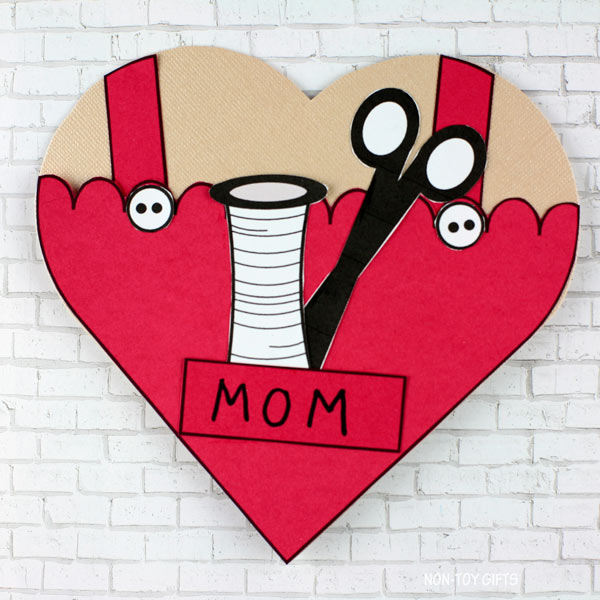Easy Mother's Day DIY sewing card