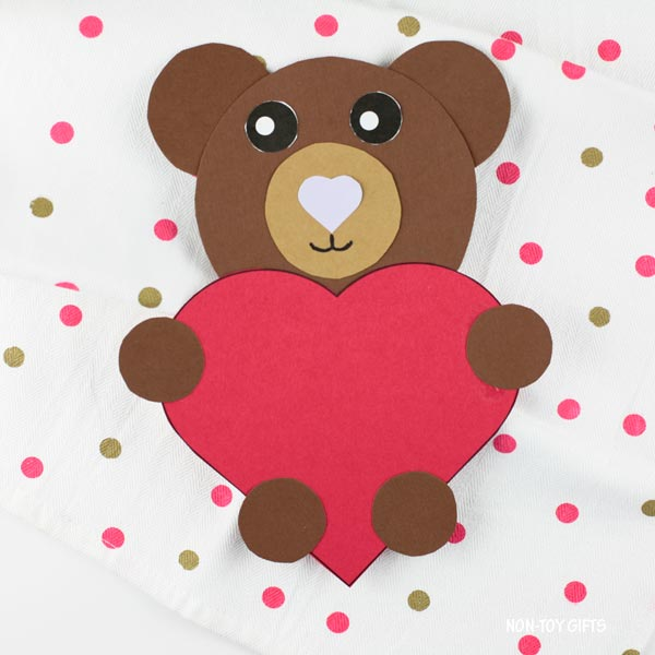 Easy Valentine's Day heart bear craft for kids