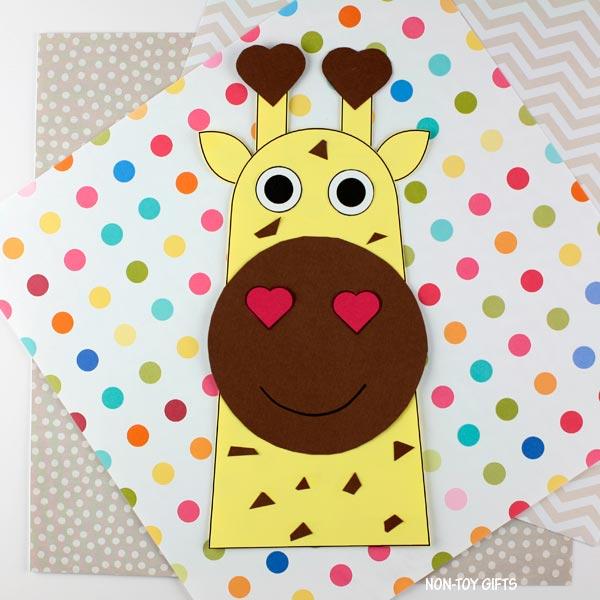 Easy paper Valentine's Day heart giraffe craft for kids