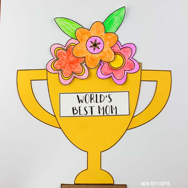 Mother's Day flower trophy craft kids can make for mom