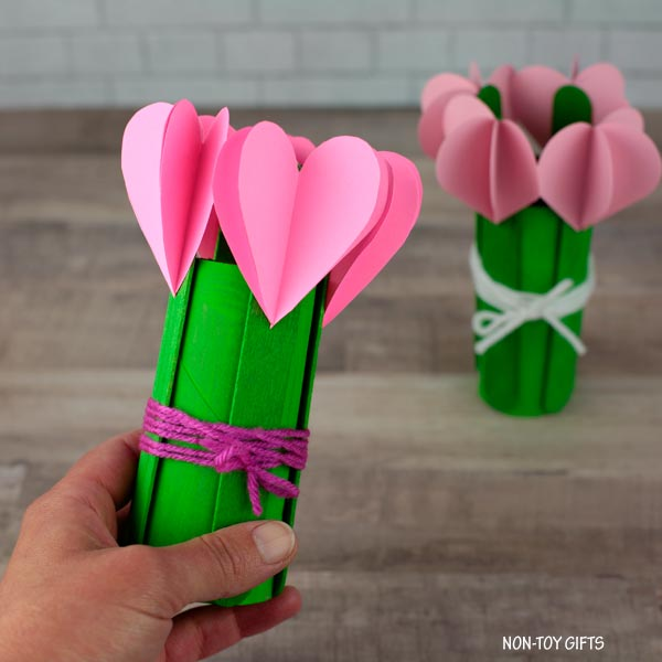 3d heart flowers kids can make for mom