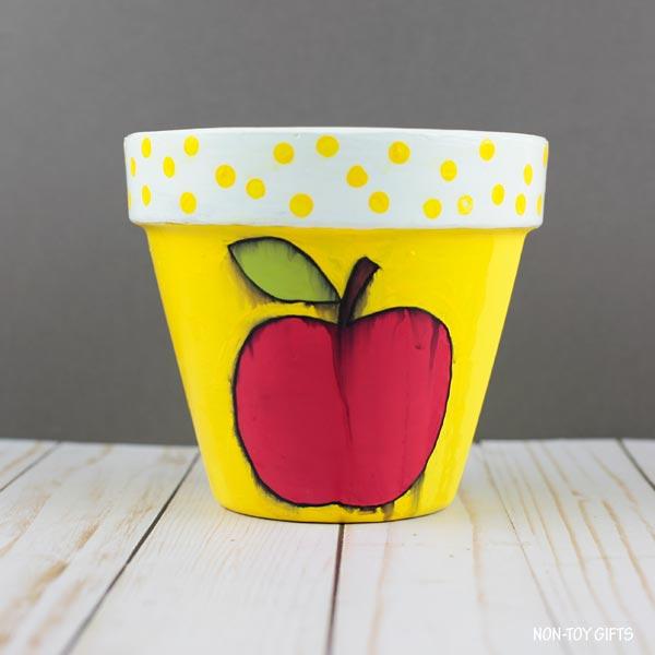 apple flowerpot