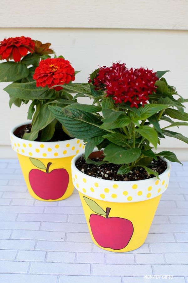 Apple painted flowerpot for teachers appreciation week