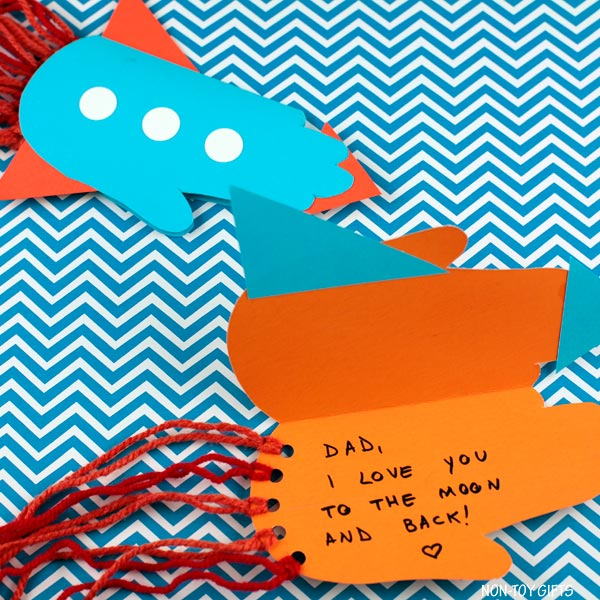 Father's Day handprint rocket card kids can make for dad